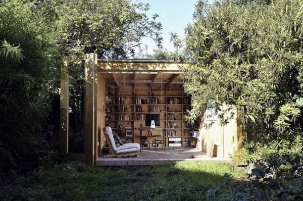 Whimsical-Shed-Work-Space-by-Office-Sian-Architecture-1.jpg